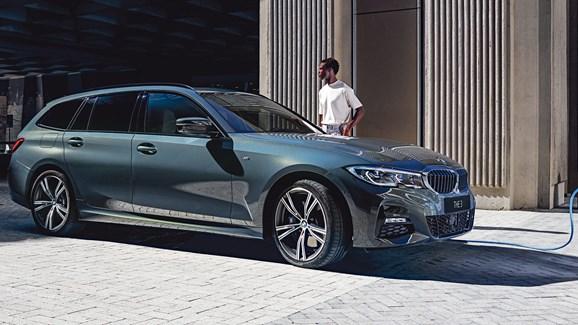 BMW 3 Serie Touring PHEV HERO 3100X1330 (1)