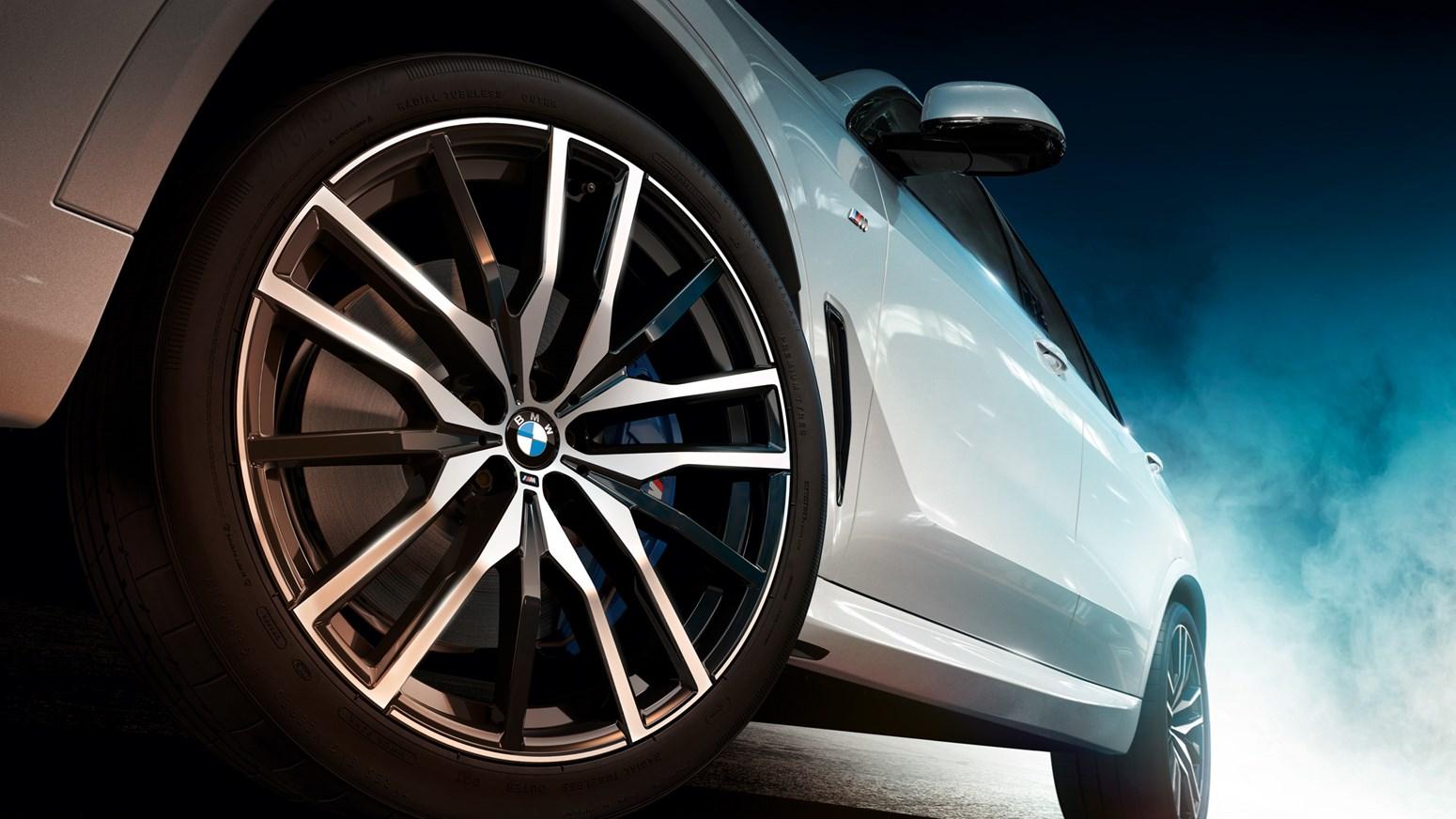BMW X5 GALLERY 2440X1373 H