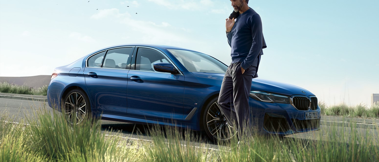 BMW 5E GALLERY 2440X1373 A