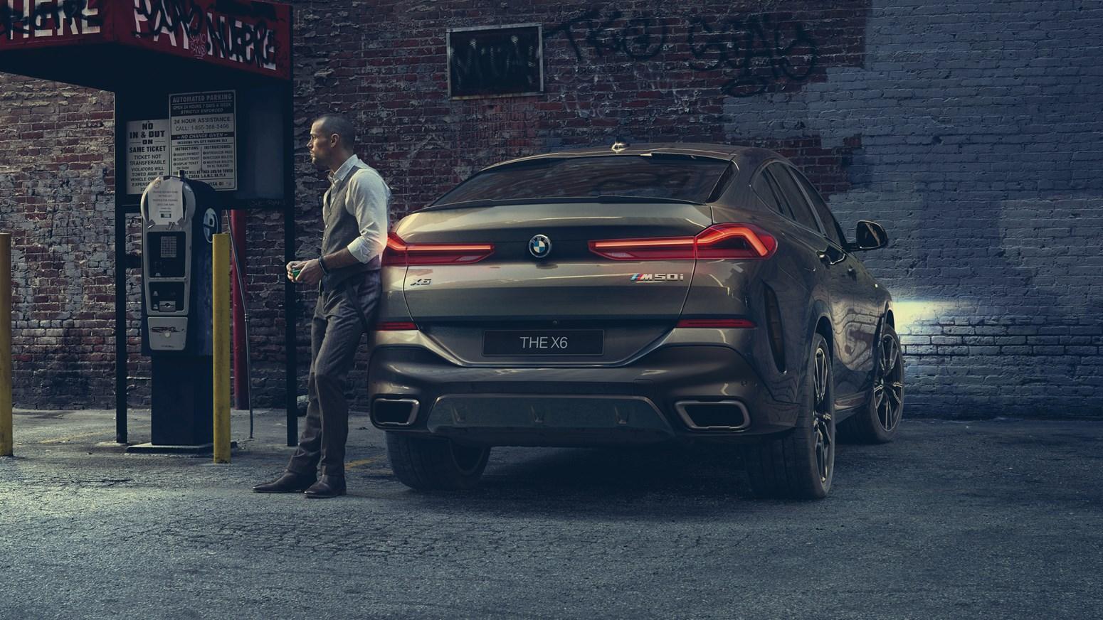 BMW X6 GALLERY 2440X1373 B