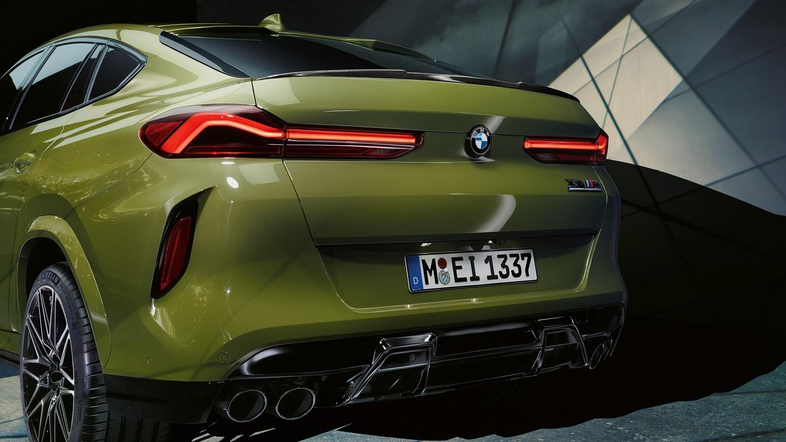 BMW X6 M GALLERY 2440X1373 B