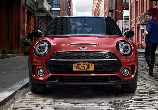 MINI CLUBMAN Gallery 2440X1373 B