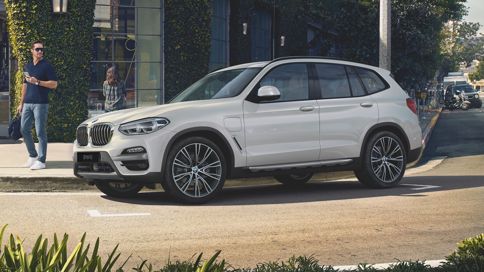 BMW X3 Xdrive30e HERO 3100X1330