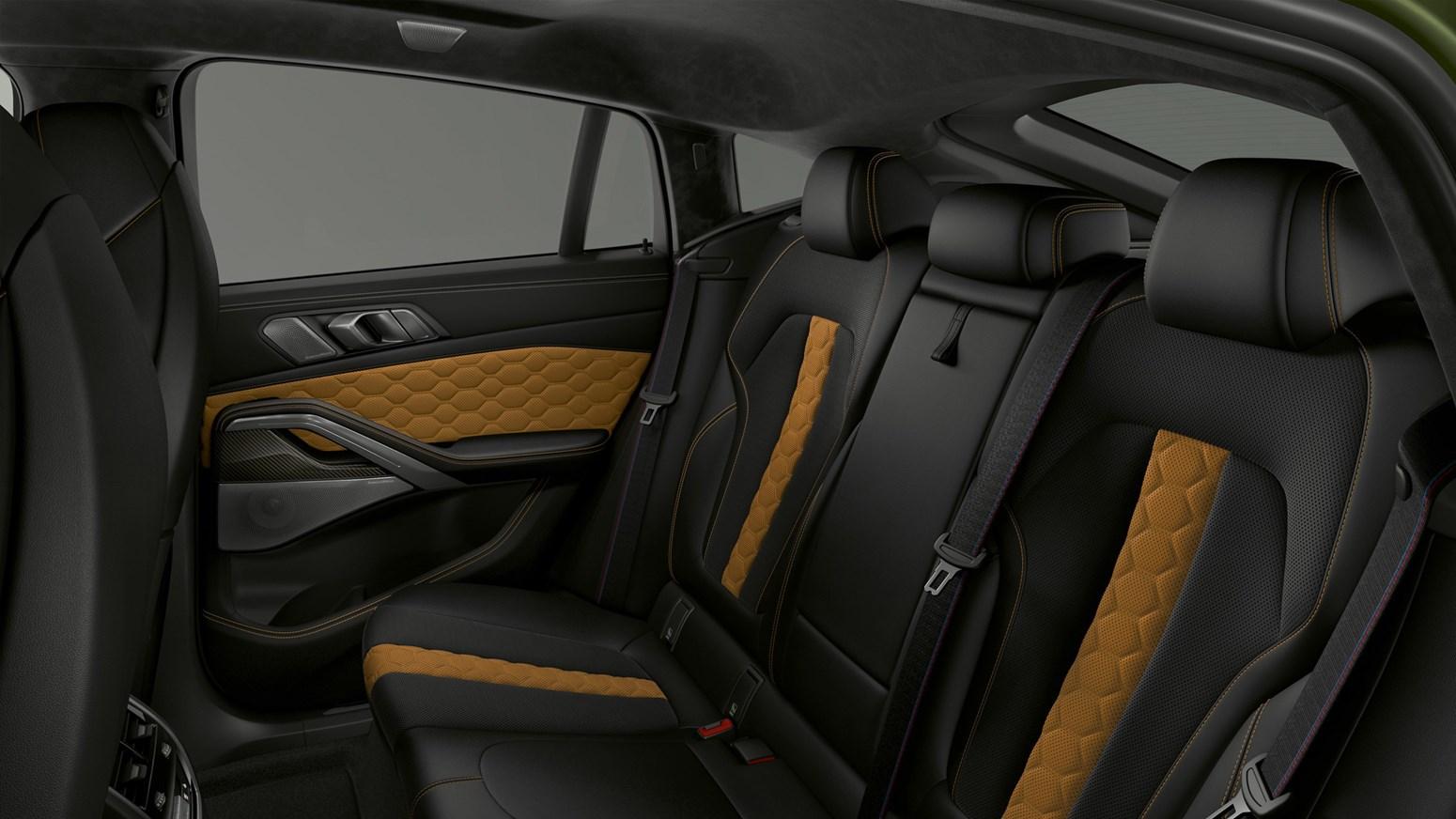 BMW X6 M GALLERY 2440X1373 D